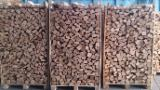 Bûches - Granulés - Plaquettes - Poussières - Délignures À Vendre - Vend Bûches Fendues Hêtre, Charme, Chêne