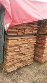 Nadelschnittholz, Besäumtes Holz Zu Verkaufen - Western Red Cedar , Eastern Red Cedar, Thermisch Behandelt - Thermoholz