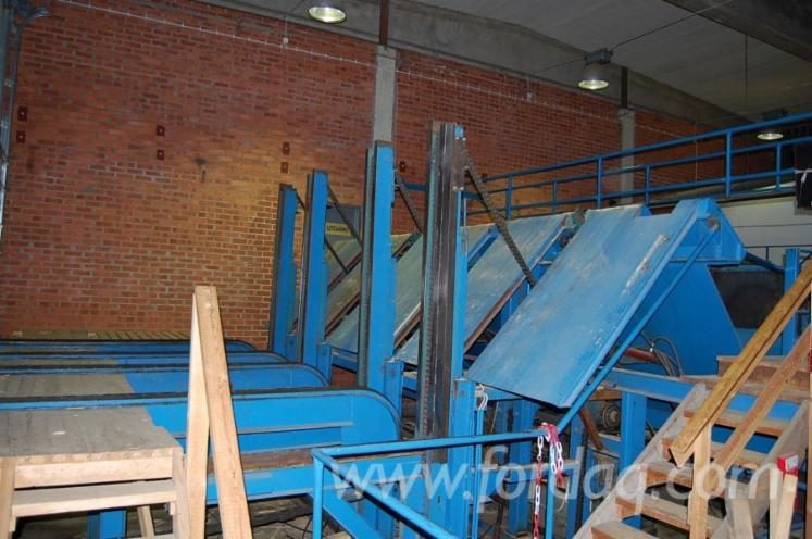 Resaw-line-with-double-bandsaw