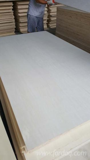 Bleached-Poplar-Commercial-Plywood--FSC