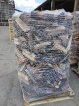 Buy Firewood/Woodlogs Cleaved from Romania - Selling Beech Firewood Cleaved on Pallets