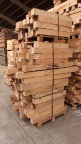Carrelets de Hêtre - 100 x 100 mm à purger - Longueur 65 à 100 cm - 1,2 m³