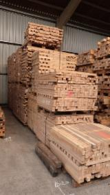 方形材, 榉木