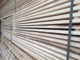 Schnittholz - Besäumtes Holz Zu Verkaufen - Fichte  , 25 - 400 m3 pro Monat