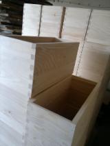 Pallets – Packaging - New Fir Hives
