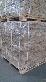 Ukraine - Fordaq Online Markt - Eiche Brennholz Gespalten