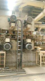 Woodworking Machinery - Selling Used 2010 MDF production line