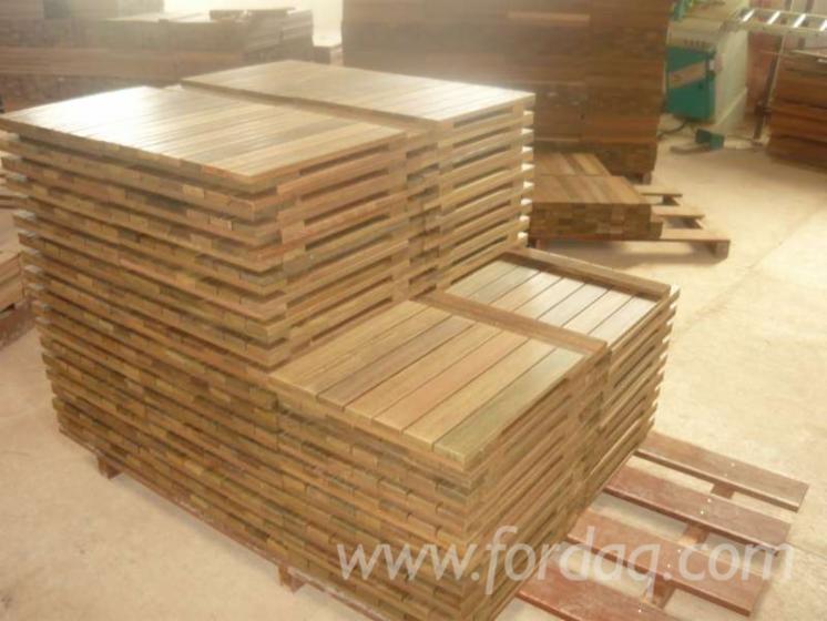 Vendo piastrelle di legno per giardino legno tropicale latino