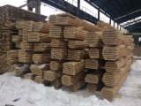 Laubholz  Blockware, Unbesäumtes Holz Litauen - Blockware, Eiche