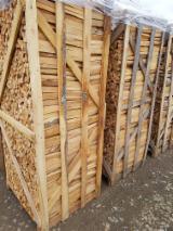 Bois de chauffage, Granulés et résidus - Vend Bûches Fendues Hêtre FSC