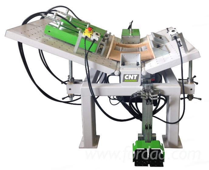 Presse-Hydraulique-Avec-Bancs-Inclinables-Marque-Cnt-Machines-Mod-