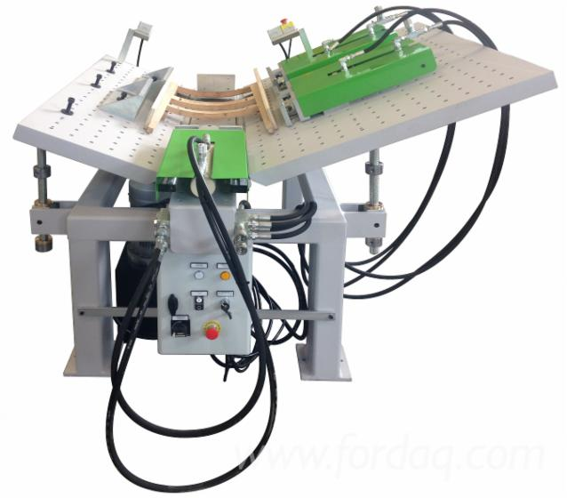 Hydraulic clamp with folding benches brand cnt machines