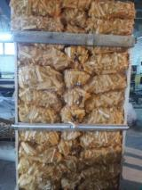Firewood, Pellets and Residues  - Fordaq Online market - Spruce  Kindlings (Fire Starter Wood) 2-5 mm