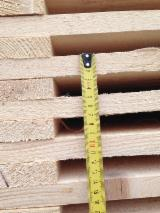 Pallets, Packaging and Packaging Timber - Selling a dry pallet billet (Pine) of these sizes: 22x143x1200; 22x98x1200.