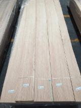 Red Oak Flat Cut Veneer