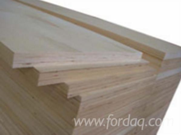 Radiata-pine-LVL-beam-plywood-for-construction