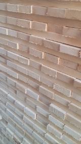 Trouvez tous les produits bois sur Fordaq - Cornus Ltd.  - Vend Frises Frêne Blanc FSC