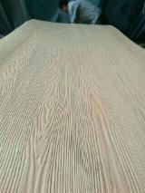 Natural Birch Recon Veneer / Melamine Faced Plywood