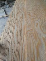 Pine Embossed Plywood 6-21 mm