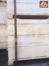 Meko Drvo  Lamelirano Drvo - Ljepljene Daske Za Prodaju - Čvrsta Strukturna Građa - Građa Spojena Prstima (KVH), Bor  - Crveno Drvo