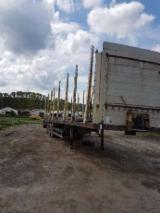 Semiremorca - Semiremorca cu racoante transport lemn
