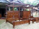 Négoce De Meuble De Chambre À Coucher - Vend Ensemble Pour Chambre À Coucher Antiquité Feuillus Africains Acajou Jepara, Central Java