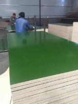Plywood - 18mm Plastic Film Faced Plywood