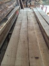 Softwood  Unedged Timber - Flitches - Boules For Sale - Loose Pine Planks, KD, 26-50 mm thick