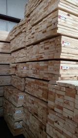 Drewno Iglaste  Tarcica – Drewno Budowlane Na Sprzedaż - Sosna Żółta Południowa