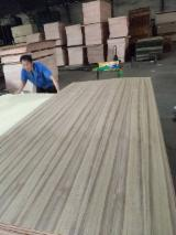 Vend Contreplaqué Naturel Teak 1.6 - 3.2 mm Chine