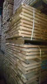 Hardwood Lumber And Sawn Timber - White Ash and Oak Strips, KD, 25 mm thick
