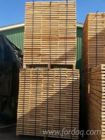 Vender Madeira Esquadriada Faia 32 mm Roménia