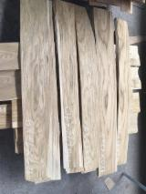 Walnut  Sliced Veneer - Flat Cut Oak / Walnut Natural Veneer