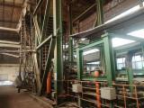 Maquinaria Para La Madera - Venta Producción De Paneles De Aglomerado, Bras Y OSB Shanghai Usada 2010 China