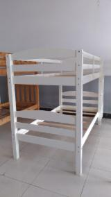 B2B 现代卧室家具待售 - 上Fordaq采购或销售 - 床, 传统的, 350 - 1750 件 per month