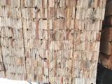 Des Centaines De Producteurs De Bois À Palette - Fordaq - Vend Sciages Pin  - Bois Rouge, Epicéa  - Bois Blancs Frais De Sciage (vert)