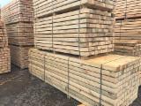 Nadelschnittholz, Besäumtes Holz - Kanthölzer, Kiefer  - Föhre