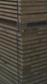 Rășinoase  Cherestea Tivită, Lemn Pentru Construcții De Vânzare - Vand Pin Rosu 17-220 mm