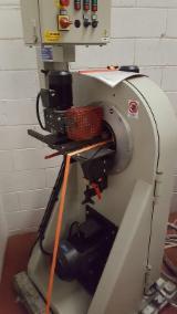 Neu Camam LEC 200 AV1 Schleifmaschinen Mit Schleifband Zu Verkaufen Italien