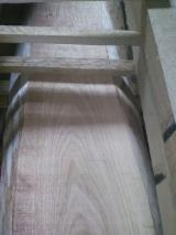 Hardwood  Unedged Timber - Flitches - Boules - Oak Half-Edged Boards from Serbia