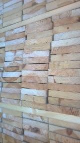 Nadelschnittholz, Besäumtes Holz Sibirische Lärche - Bretter, Dielen, Sibirische Lärche, Kiefer  - Föhre, Fichte