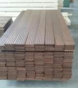 Terrassenholz Zu Verkaufen Weißrussland - Esche , Thermisch Behandelt - Thermoholz, Rutschfester Belag (1 Seite)