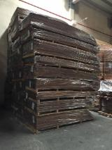 Walnut Veneer, Flat cut - plain, 0.52 mm thick