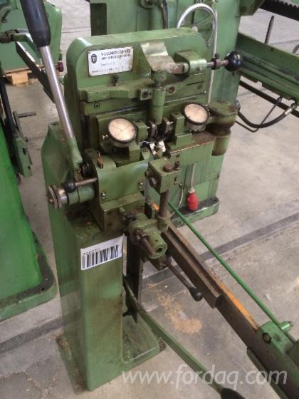 Sharpening-machine-for-circular-saws-and-alternative-blades