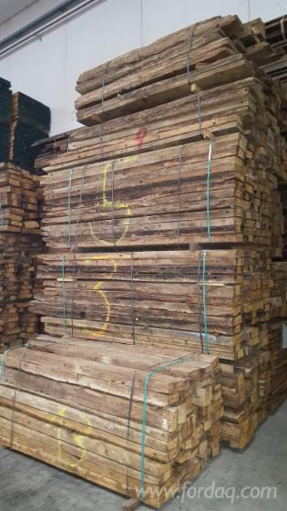 Reclaimed Old Oak Beams