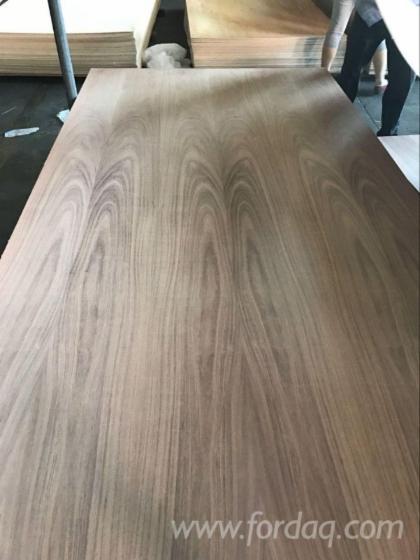 Tzalam-Veneered-Fancy-Plywood