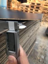 Vend Panneaux De Fibres Moyenne Densité - MDF 3 mm Stratifié