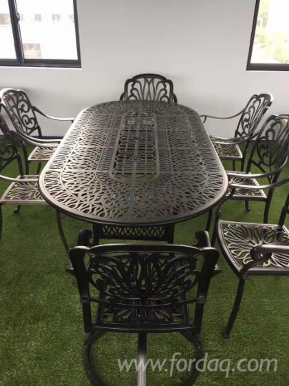 Garden-Chairs--