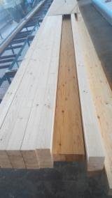 Drewno Iglaste  Drewno Klejone Warstwowo – Elementy Drewniane Łączone Na Mikrowczepy Na Sprzedaż - Belki Klejone Proste, Sosna Zwyczajna  - Redwood