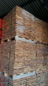 Drewno Liściaste Tarcica – Drewno Budowlane – Tarcica Strugana Na Sprzedaż - Krawędziaki, Buk